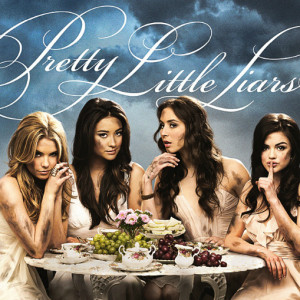 pretty little liars review